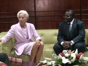 Christine Lagarde et le gouverneur de la région du  Littoral