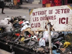 Cessez de jeter les ordures partout