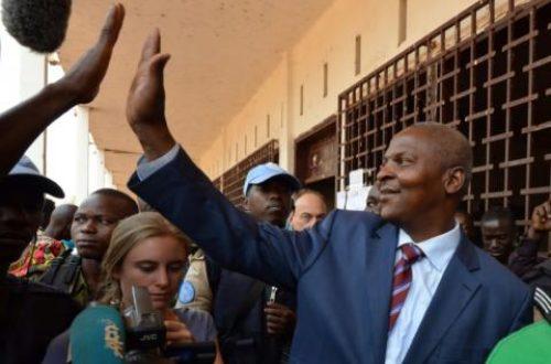 Article : Avant l'onction du Pape François, j'ai vu papa Touadéra à Douala