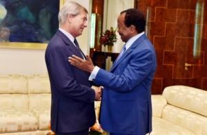 Paul Biya et Vincent Bolloré à Yaoundé