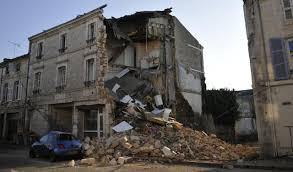 Des immeubles qui s'effrondrent