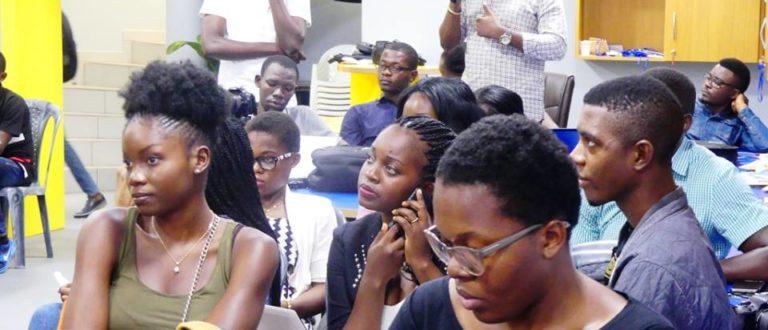 Article : #JeSuisCamerounaisEtJeBlogue: déjà une bougie et l'aventure continue