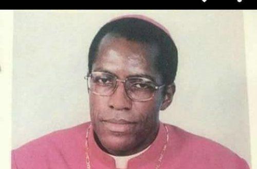 Article : Au Cameroun, la communauté catholique mise à genoux